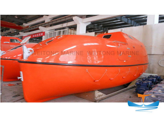 Totally Enclosed Lifeboat Rescue Boat High Durability With Smooth Surface